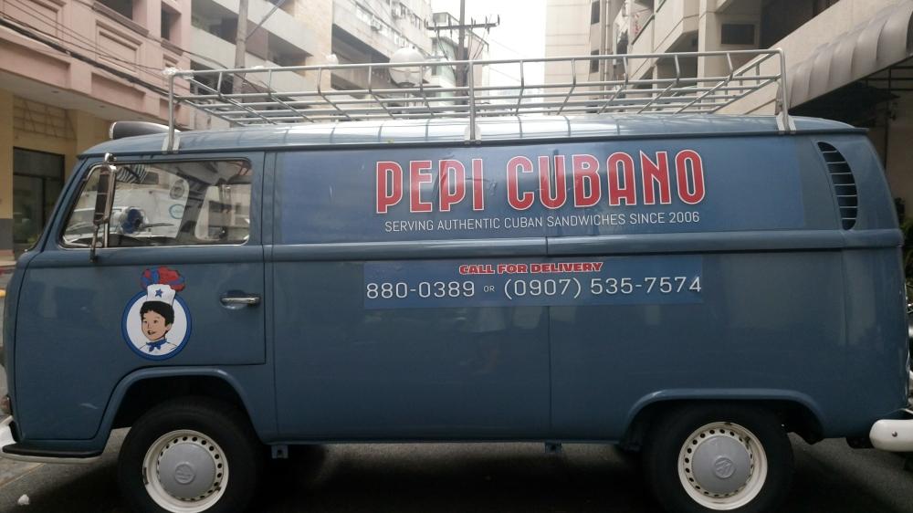 pepi-cubano-delivery-van
